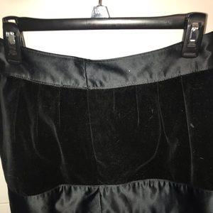 Black velvet exterior mini skirt